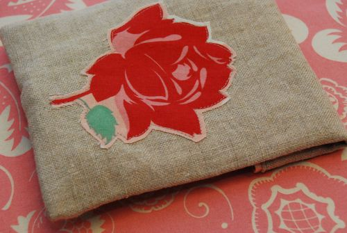 Rose pouch